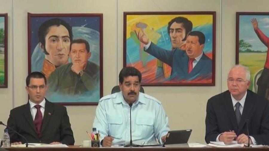 en venezuela, nicolas maduro amenaza contra la revolucion