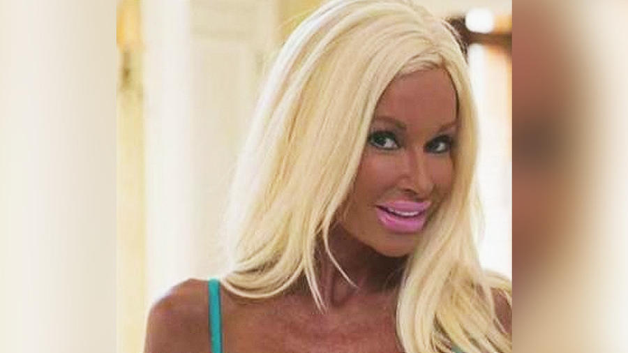 madre dispuesta ser barbie