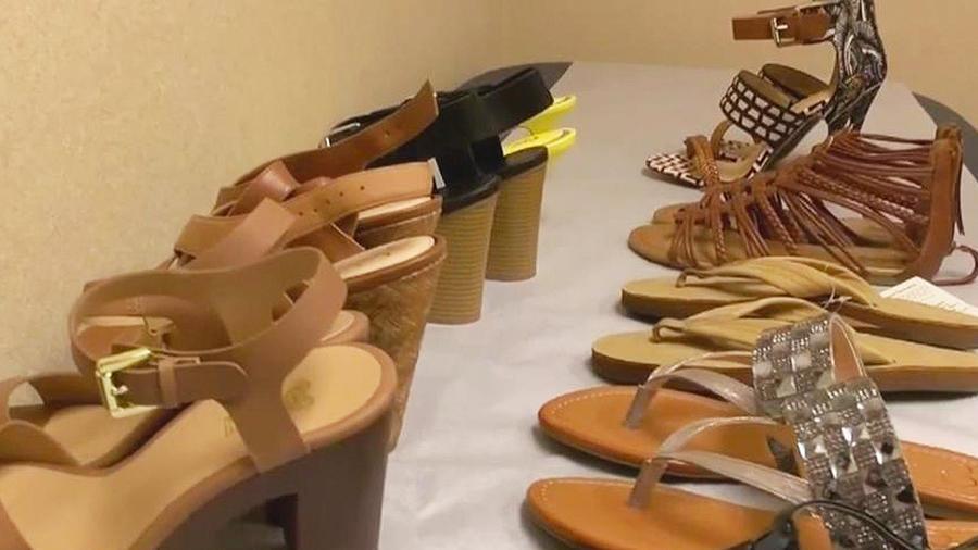 sandalias y zapatillas