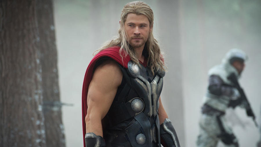 "Chris Hemsworth interpreta a ""Thor"""