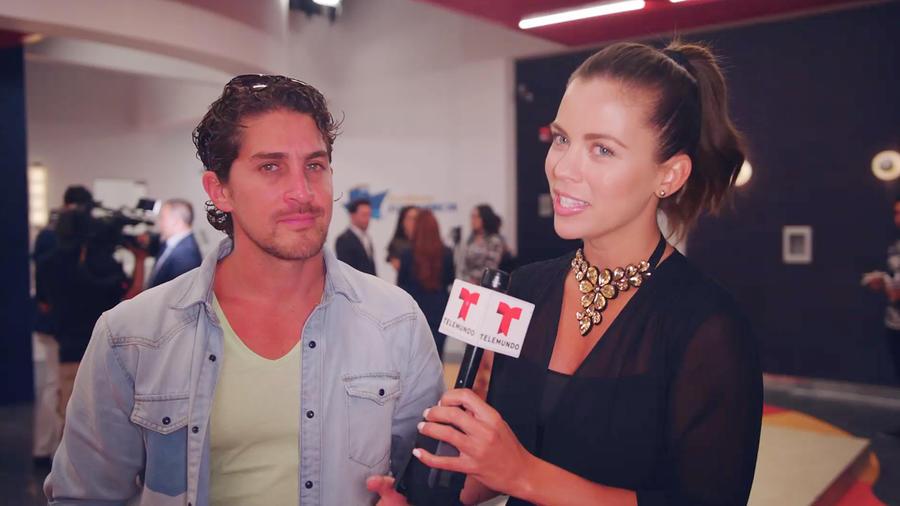 Jonathan Islas y Ximena Duque
