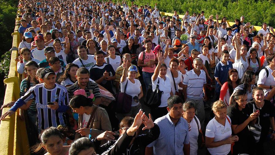 El hambre en Venezuela obliga a abrir frontera con Colombia