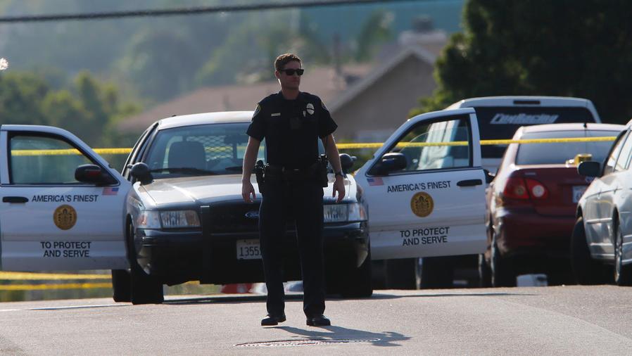 muere policia en california