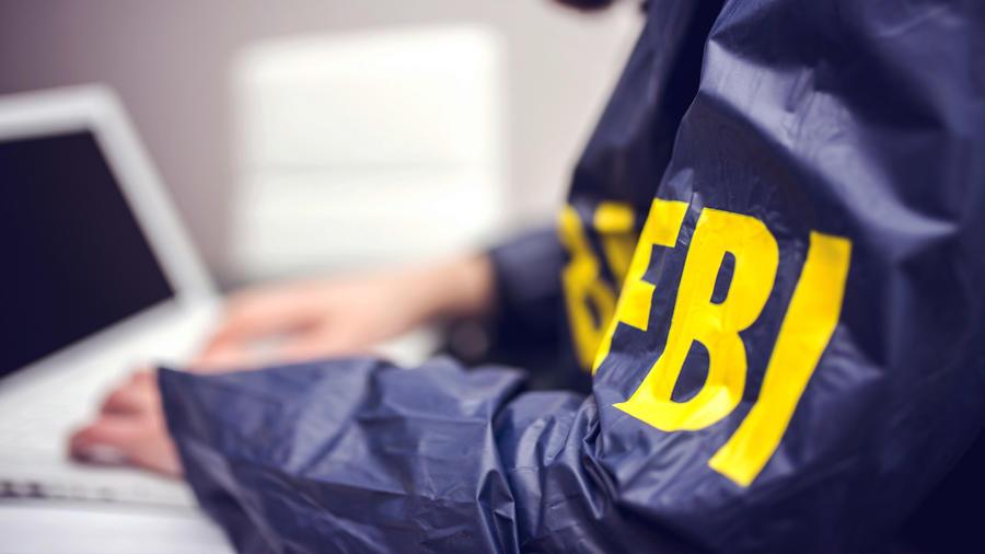 FBI investiga hackeo de correos demócratas