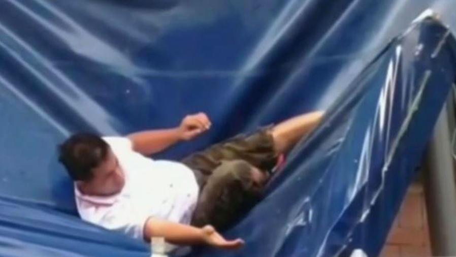 Un hombre sobrevivió a una caída de 11 pisos