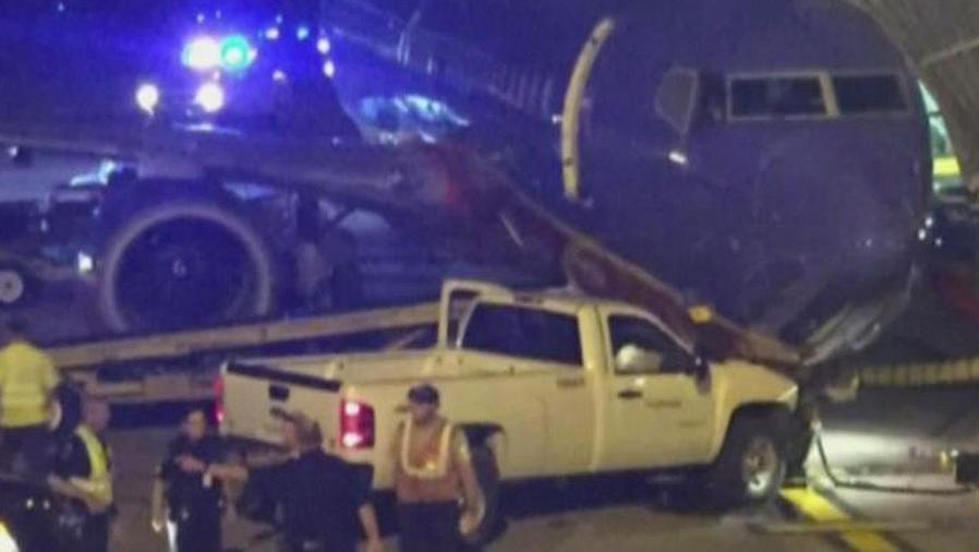 estrella camion con avion