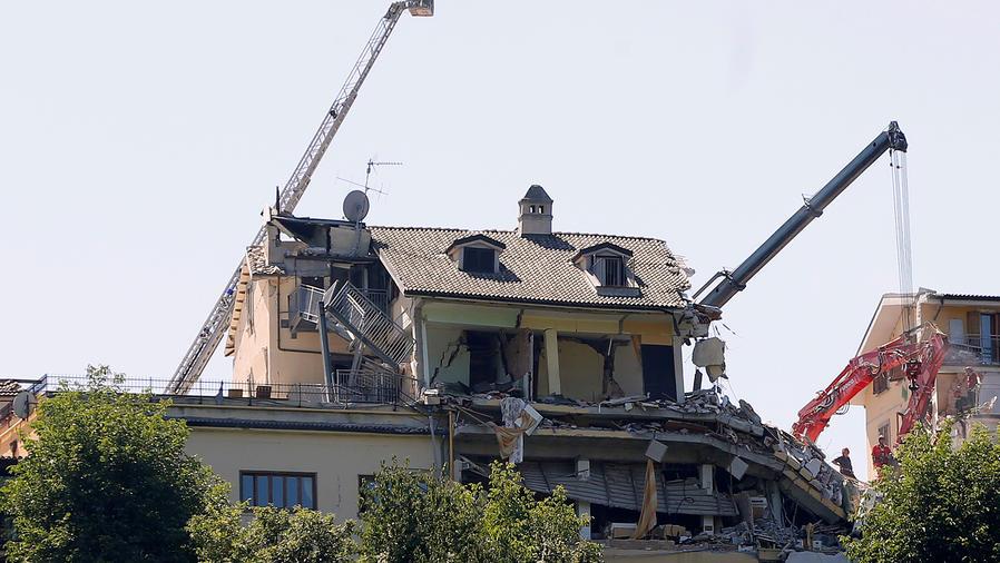 Se analiza si hubo negligencia en edificios en Italia