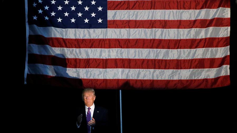 Visita de Trump a Arizona crea polémica
