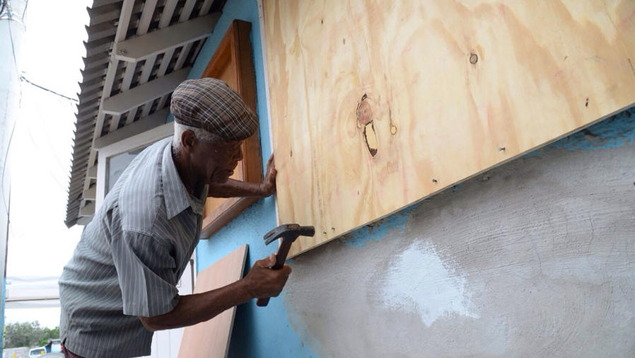 Alerta en el oriente cubano por la llegada de Matthew