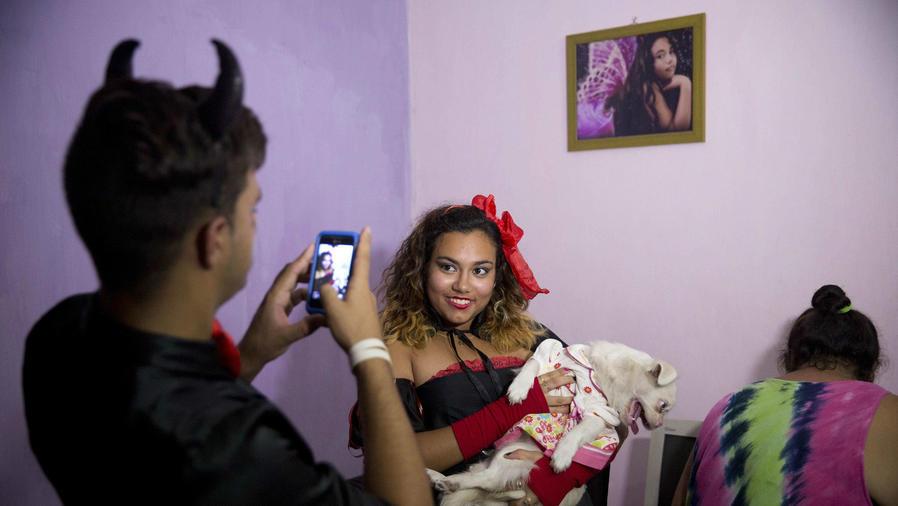 Celebran Halloween en la Habana