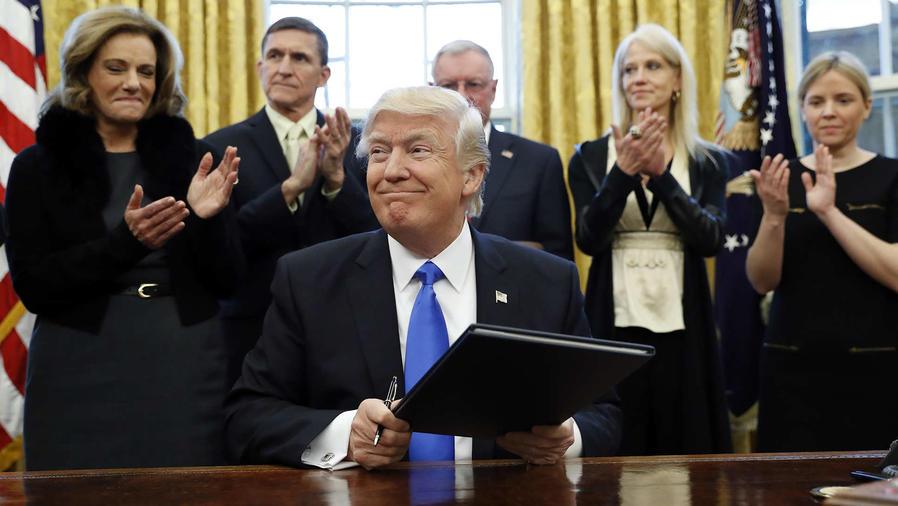 Donald Trump feliz de su primera semana