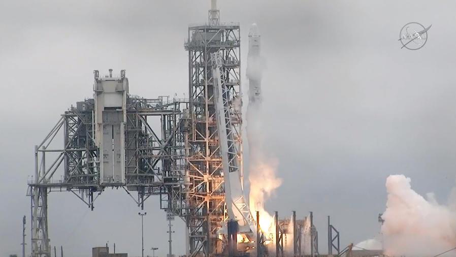 Exitoso lanzamiento de cohete de Spacex
