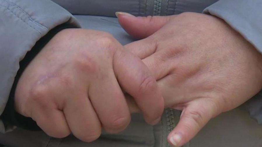 manos de niño