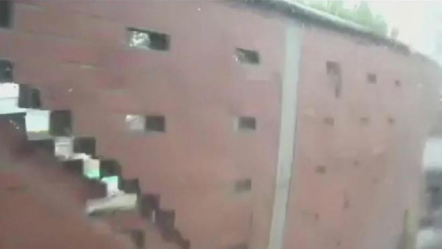 muro se desploma