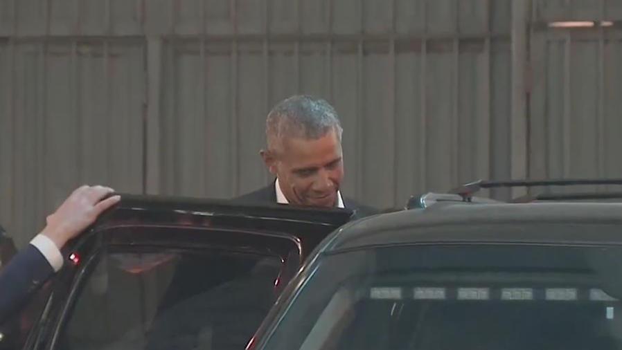 Obama y Malia se dejan ver saliendo de Broadway