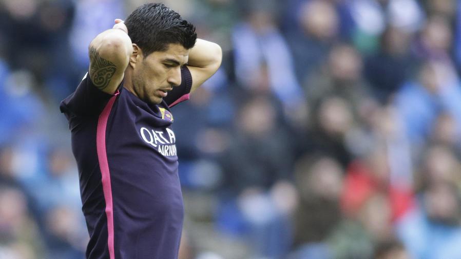 El Barcelona tropieza ante La Coruña y deja escapar la Liga de España