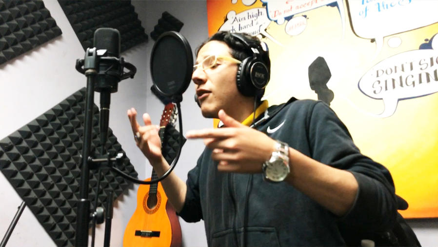 Qué motiva al rapero Alexander Silva