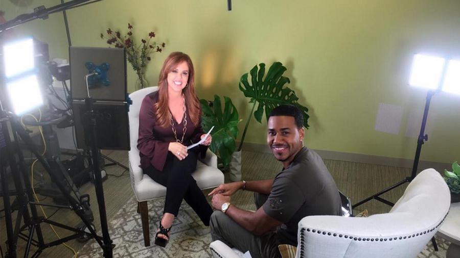 Maria Celeste con Romeo Santos