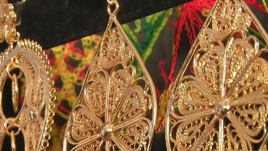 Acompáñanos al tradicional Festival de la Guelaguetza celebrado en Los Ángeles