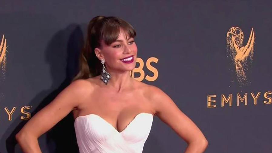 Quique Usales nos muestra los mejores y los peores vestidos de los Premios Emmy's 2017