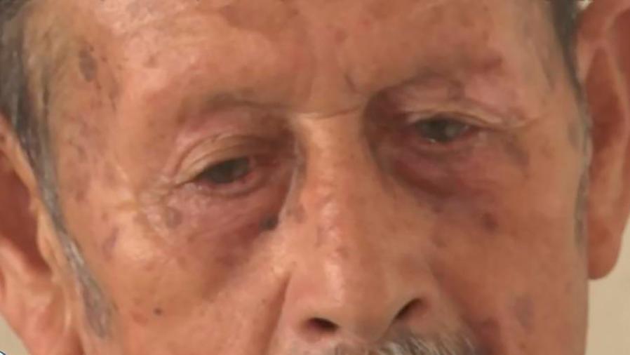 Un anciano mexicano de 83 años se hizo ciudadano sin saber leer ni escribir