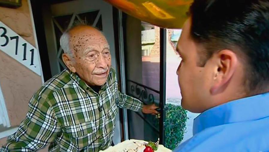 Un Nuevo Día sorprendió a un hispano veterano de la Segunda Guerra que cumplió 100 años
