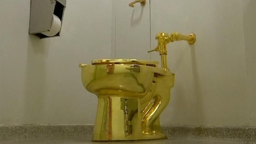 El museo Guggenheim de Nueva York ofreció un inodoro en oro a Trump para la Casa Blanca