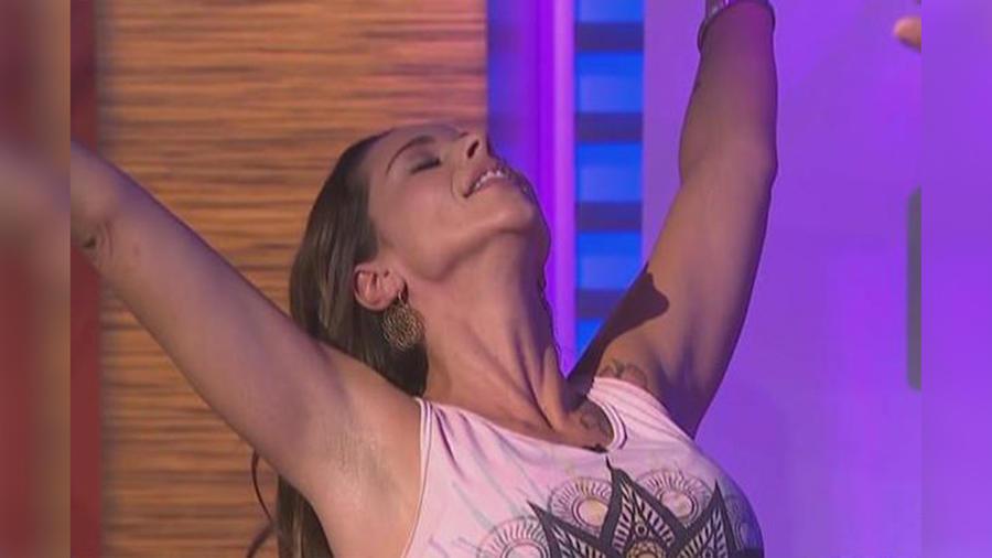 """Natalia Coppola, instructora de yoga, nos enseña cómo """"abrir nuestro corazón"""" con el yoga"""