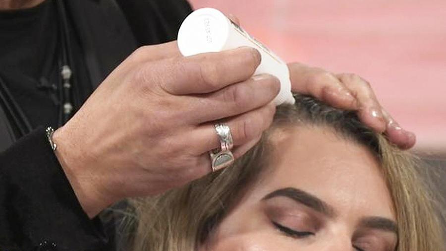 exfolia el cuero cabelludo