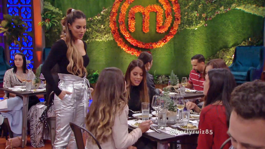 Influencers culinarios prueban los platillos en MasterChef Latino 2