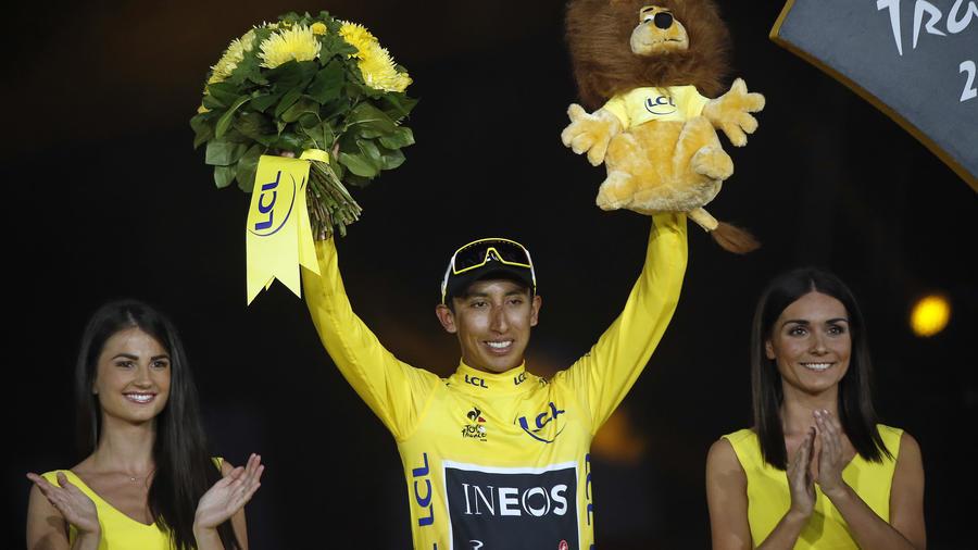 El ciclista colombiano Egan Bernal gana el Tour de Francia.