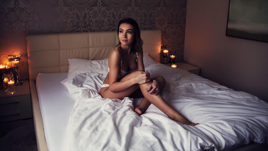 Mujer en cama