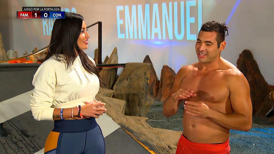Aelleen entrevista a Ramiro en la Mina