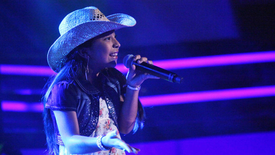 Madalyn en las audiciones a ciegas de La Voz Kids