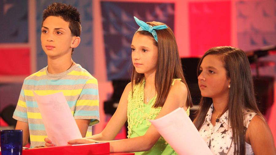 Martha, Eric y Ariana en los ensayos de las batallas de La Voz Kids