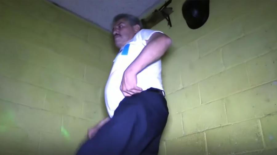 Fabio Vásquez es un guatemalteco que se ha vuelto viral a través de sus bailes en las redes sociales.