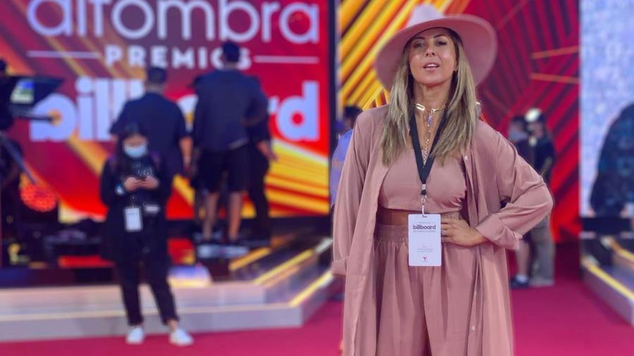 Chiquibaby en alfombra de los Premios Billboard 2020