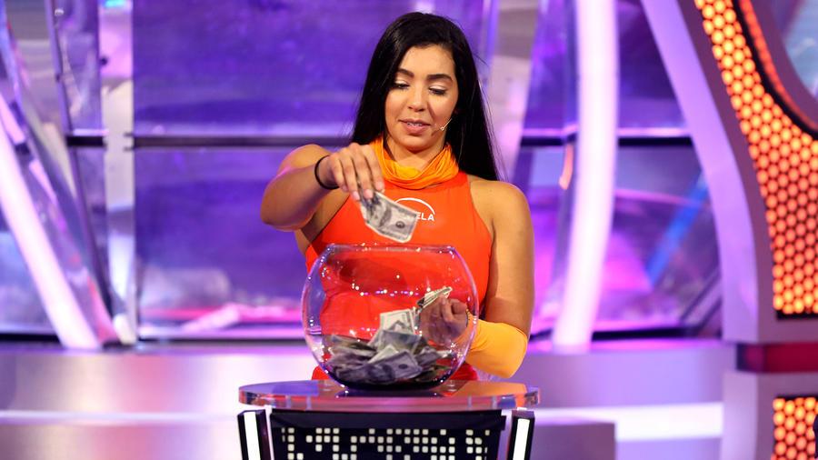Daniela y Tony Garza entran a El Domo del Dinero