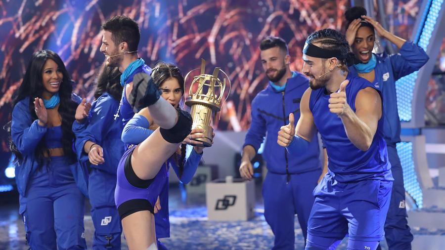 Equipo azul celebró la victoria de El Domo del Dinero