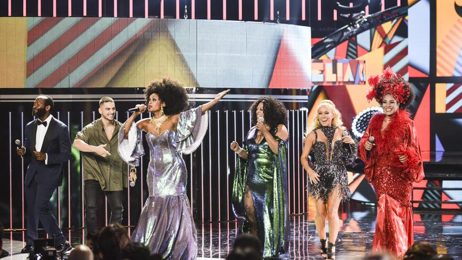Tributo a Celia Cruz en los Latin AMAs 2015