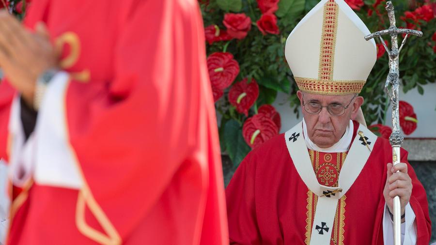 El papa Francisco durante su misa en Holguín, Cuba el Lunes 21 de septiembre del 2015, la segunda que realiza en la isla