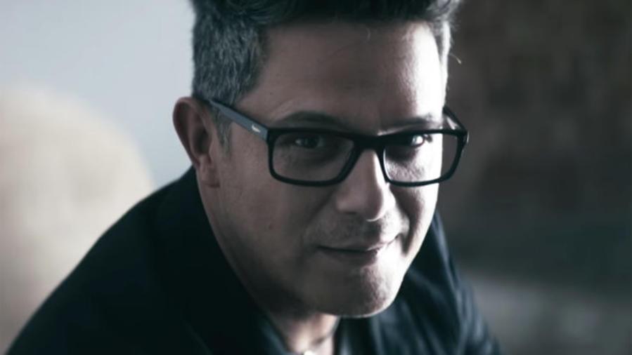 Alejandro Sanz en el comercial de Opticalia