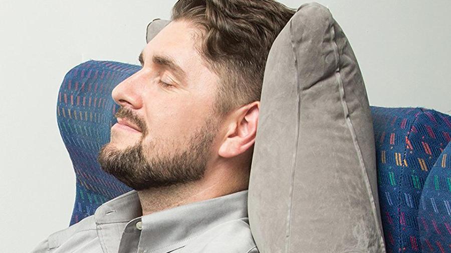 Productos esenciales para viajar cómodamente