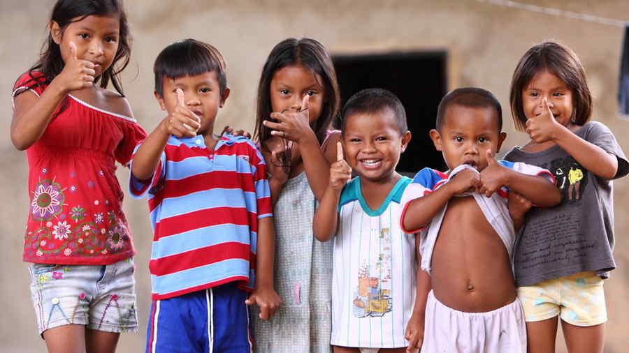 Niños indígenas en Venezuela