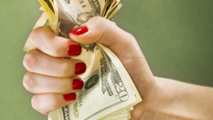 El sueldo mínimo en California aumentaría a 15 dólares
