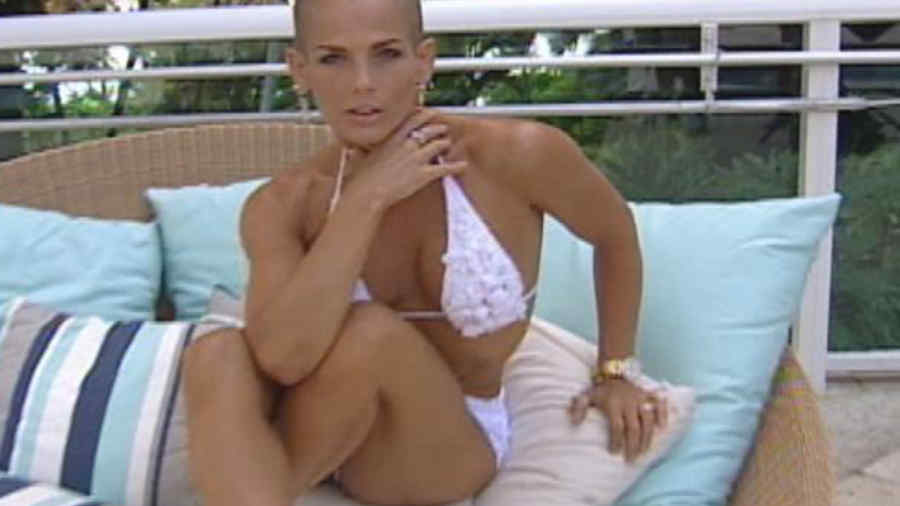 Video Hot Melissa Paredes Se Desnuda En Sesi N De Fotos