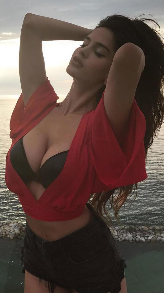 Natalía Barulích Dejó Babeando A Maluma Con Esta Sexy Foto Telemundo
