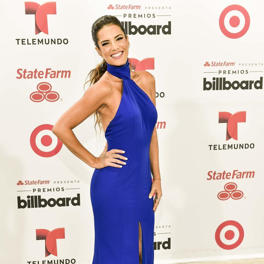 Gaby Espino en la alfombra blanca de los Premios Billboard 2015