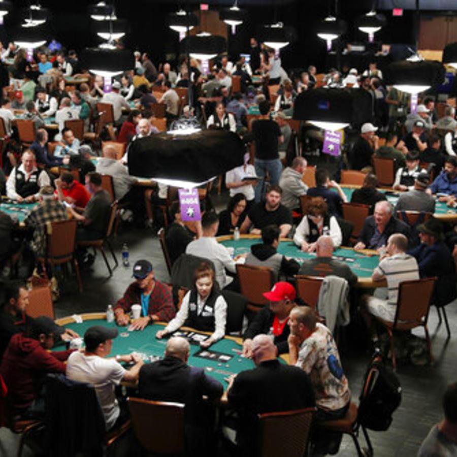 Jugadores de póker en una competición del pasado 3 de julio celebrada en Las Vegas, Nevada.