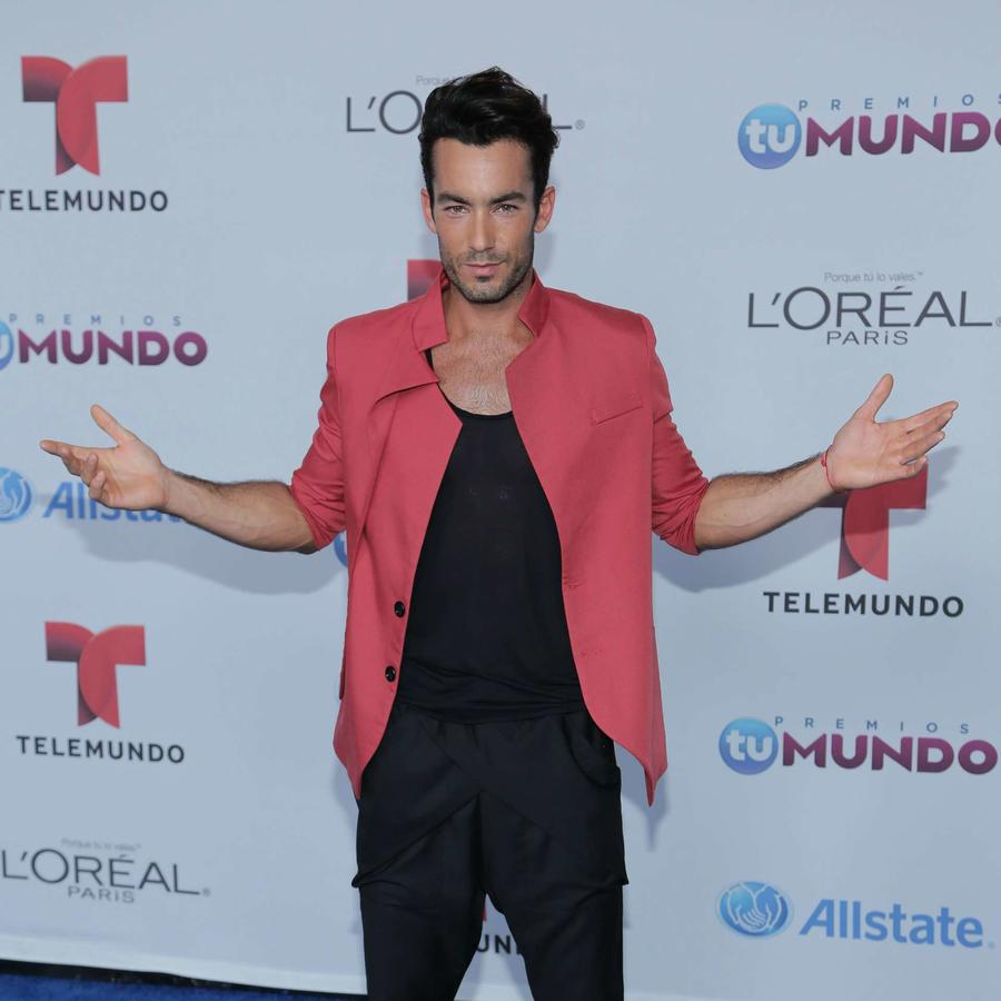 Aarón Díaz en Premios Tu Mundo 2014